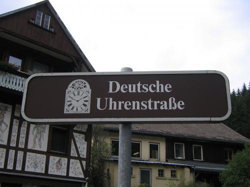 17.-1024px-Deutsche Uhrenstra·e Lenzkirch