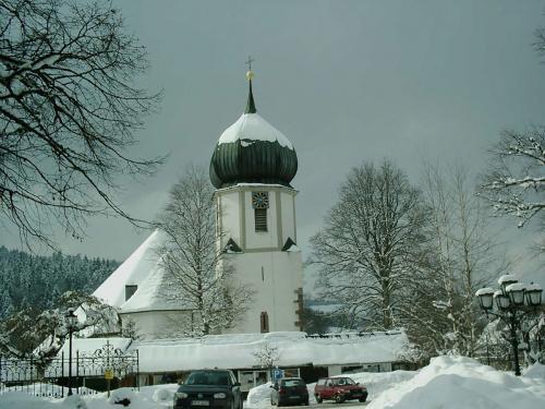 41.-1024px-Church of Hinterzarten