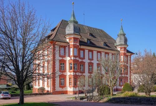 43.-1280px-Bonndorf im Schwarzwald Schloss Bonndorf Bild 1