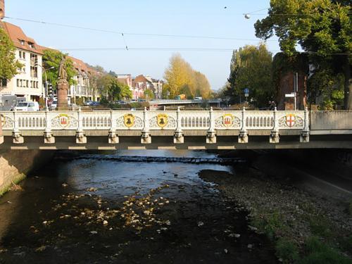 54.-Bridge over River Dreisam, Freiburg - geo.hlipp.de - 6308