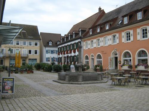 58.-Marktplatz mÅllheim